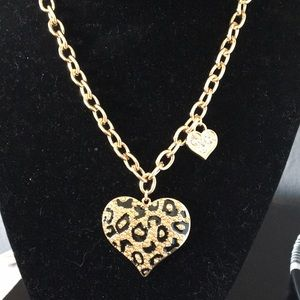 New Guess Double Reticulated Heart Necklace Links